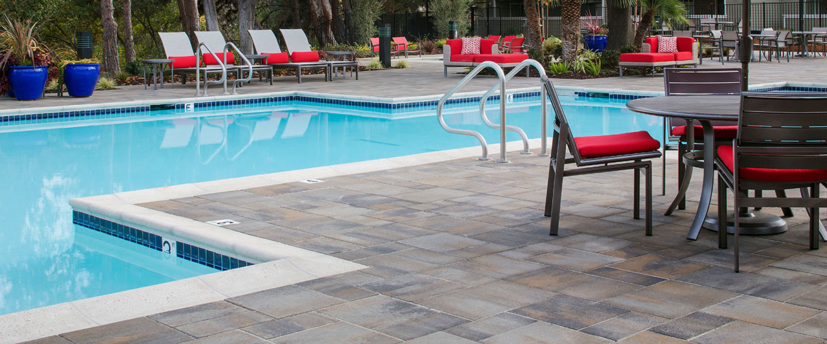 Belgard Commercial Pavers Retaining Walls Amp Hardscapes