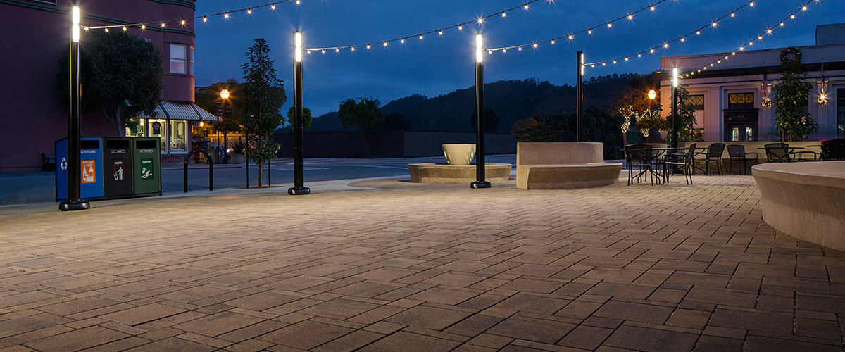 Belgard's Aquiline Interlocking Pattern Versatility Concrete